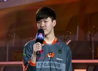 17赛后采访 Shou:过两天就回去直播