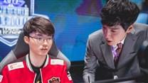 李哥开练冰女卡牌 三重黑科技玩法揭秘