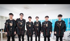 RNG推出亚运会比分T恤 引网友评论真败人品