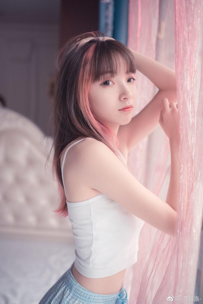 h 2018-04-16 11:21 标签:                美女 可爱  摄影:@默秋风m