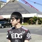 备战拍摄两不误!EDG战队已抵达美国旧金山