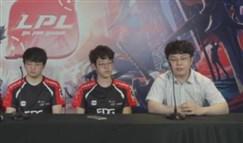 EDG群访视频 Scout又给Jinoo当了翻译老师