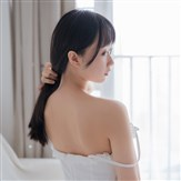 vol.41-白裙少女